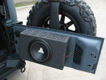 American_Custom_Jeep_ArmorKevlar_16