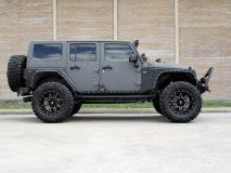 American_Custom_Jeep_ArmorKevlar_5