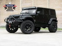 American_Custom_Jeep_BlackHawk_1