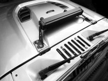 American_Custom_Jeep_Captain_Silver_19