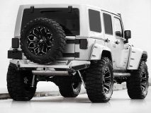 American_Custom_Jeep_Captain_Silver_3