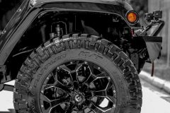 American_Custom_Jeep_Diamond_Black_15