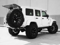 American_Custom_Jeep_Raider_9